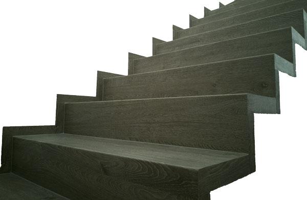 Ukázka vinylových schodů BUKOMA se standardním ohybem